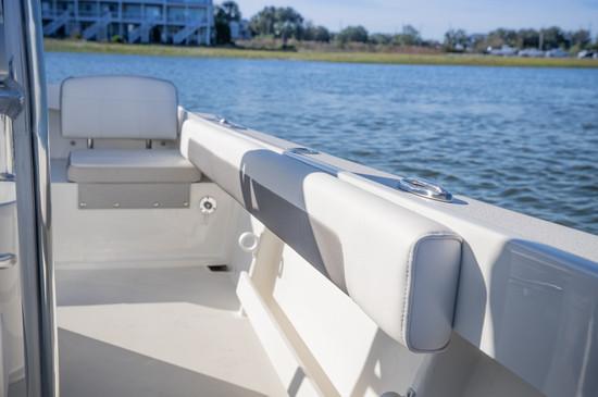 Parker Boats gunnel.jpg