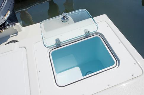 Parker Boats 2320SL Sport Cabin Interior