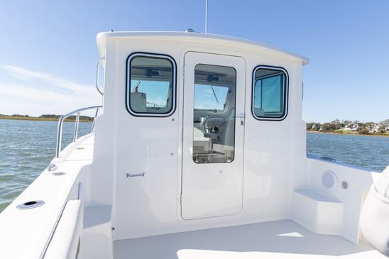 Parker Boats 2120SC Cabin Door 2.jpg