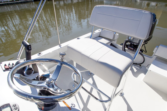 ParkerBoats 1801 Helm Seating_.jpg