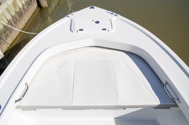 ParkerBoats 1801 Bow Seating.jpg