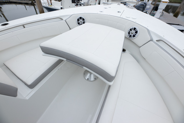 Parker Boats 2540 Dual Console-96.jpg