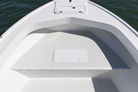 Parker Boats 2100CC Bow No Cushion.jpg