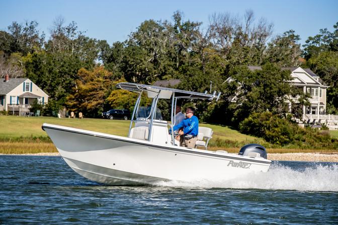 Parker Boats 2100SE - Running 5.jpg