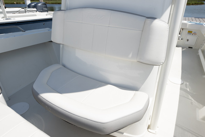 Parker Boats 2300 Center Console-34.jpg