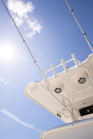 Parker Boats 2600SH T-Top Outriggers.jpg