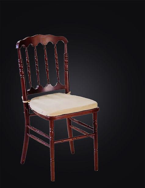 Cadeira-Dior.jpg
