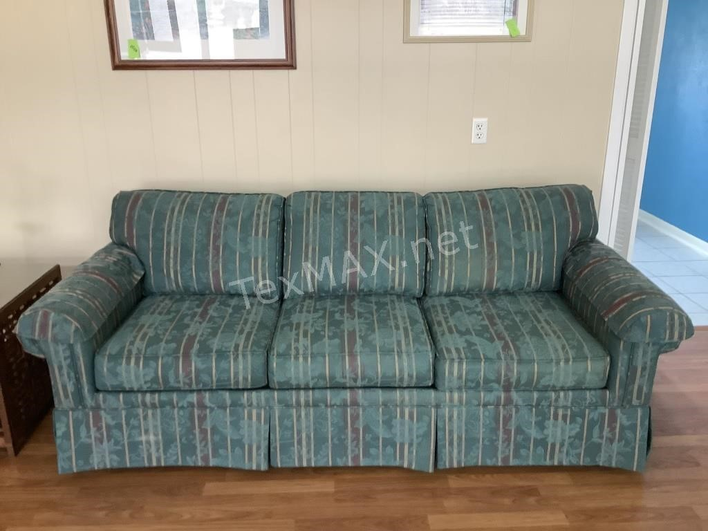 Clear Lake Estate Auction