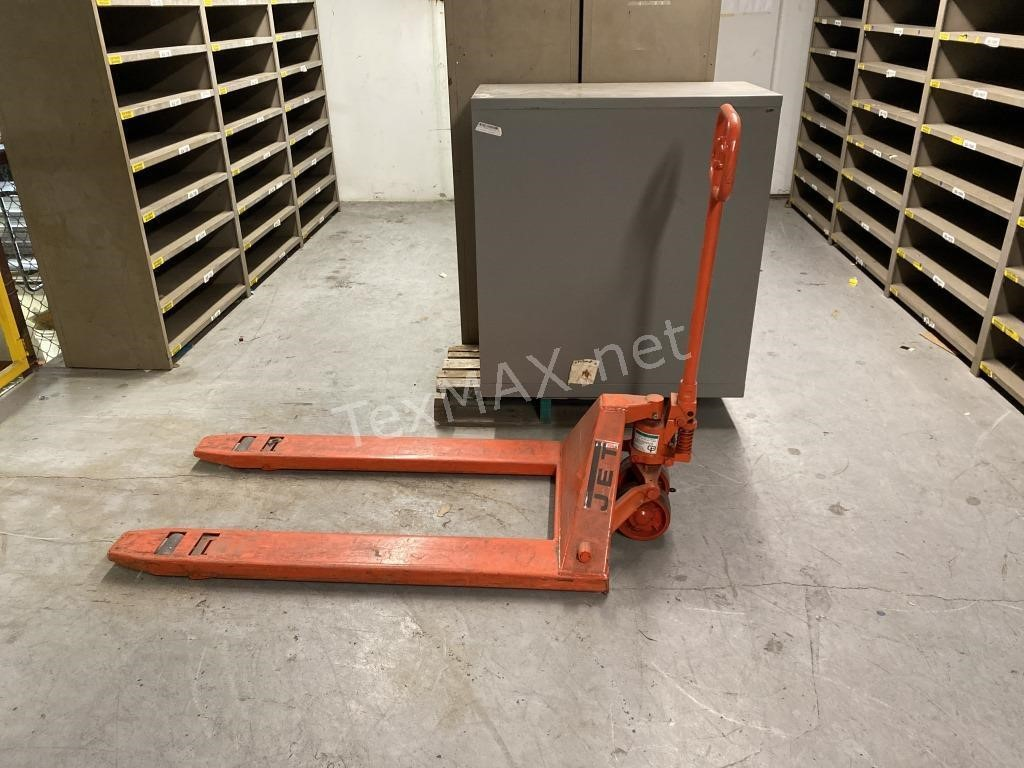 Pallet Racking & Shelving Liquidation Auction