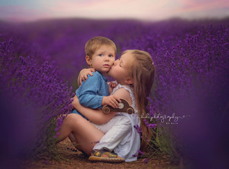 Lavender love. Family outdoor photo session.