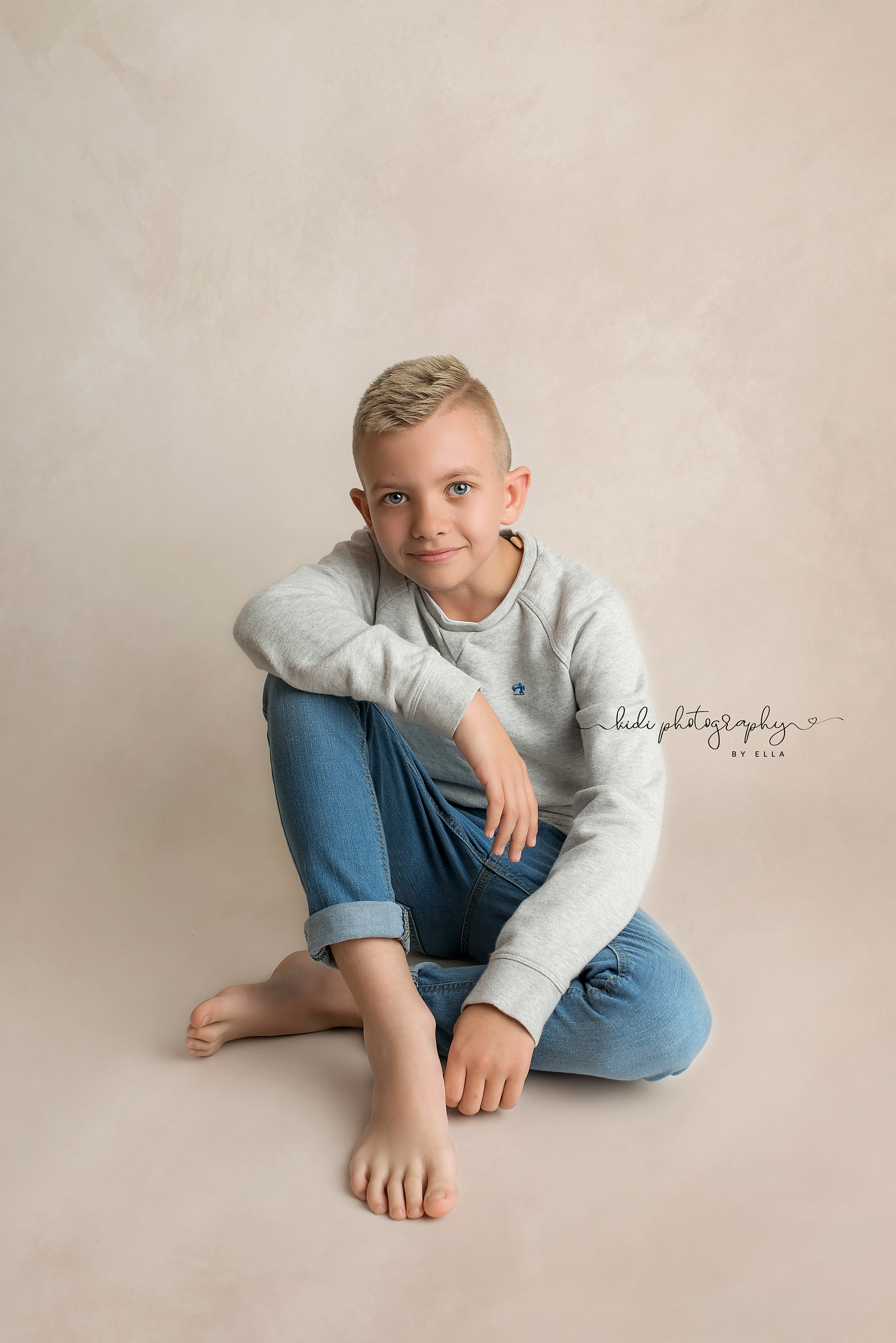 Kids portrait by Kidi Photography