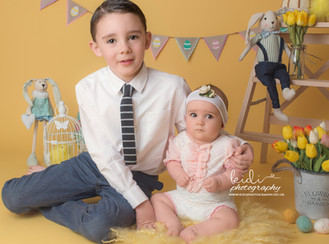 Siblings. Easter mini session
