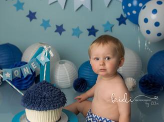 Harrison's cake smash and splash photo session