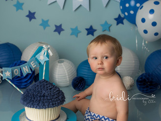Harrison's cake smash and splash photo session