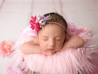 Nella Scarlett. Professional newborn photo session.