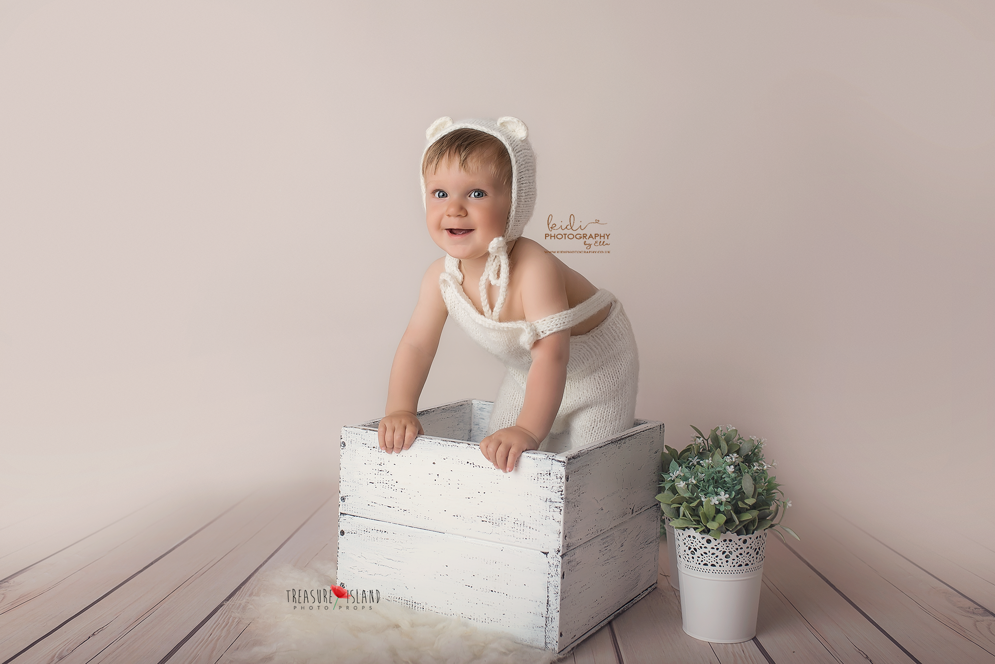 Baby Photographer in Walsall
