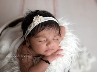 Little Flower. Professional newborn photo session
