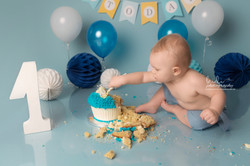 Cake smash session walsall