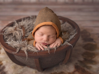 Wiktor and his newborn photo session