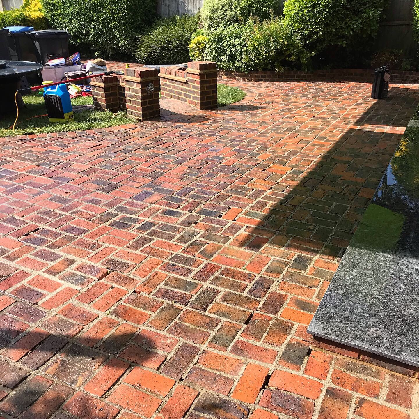 Pressure cleaning service in Kent