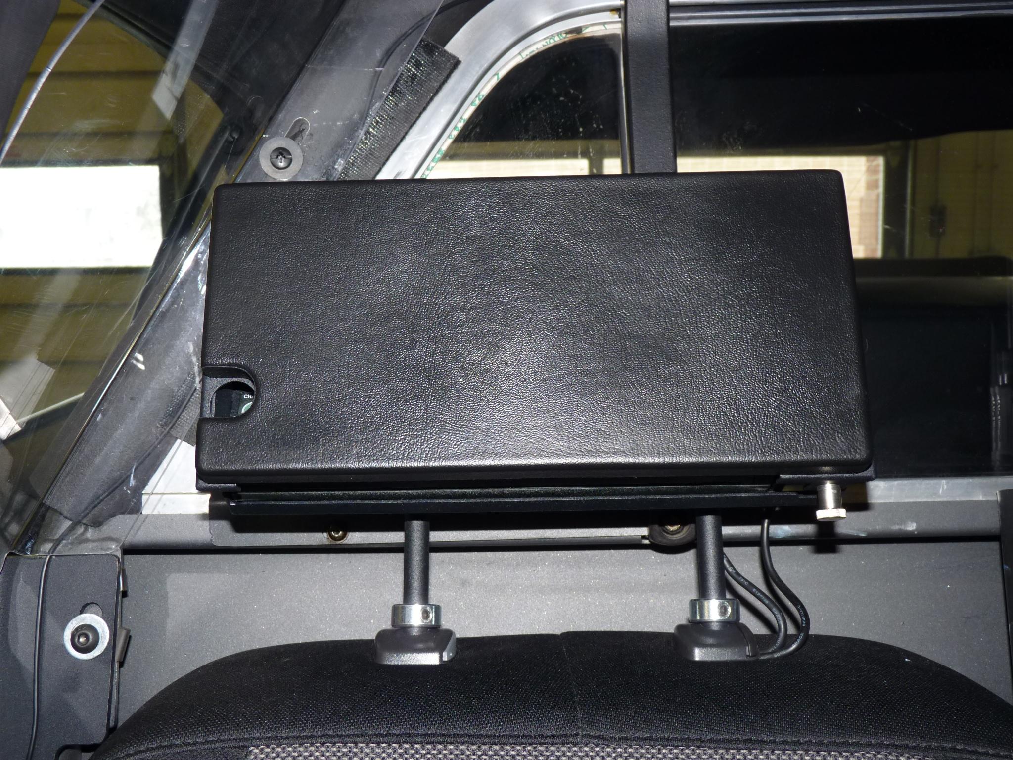 cabsolutions headrest