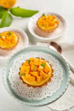 Mango shrikhand mini tarts