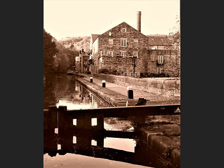 12 slow time on the Rochdale Canal.JPG