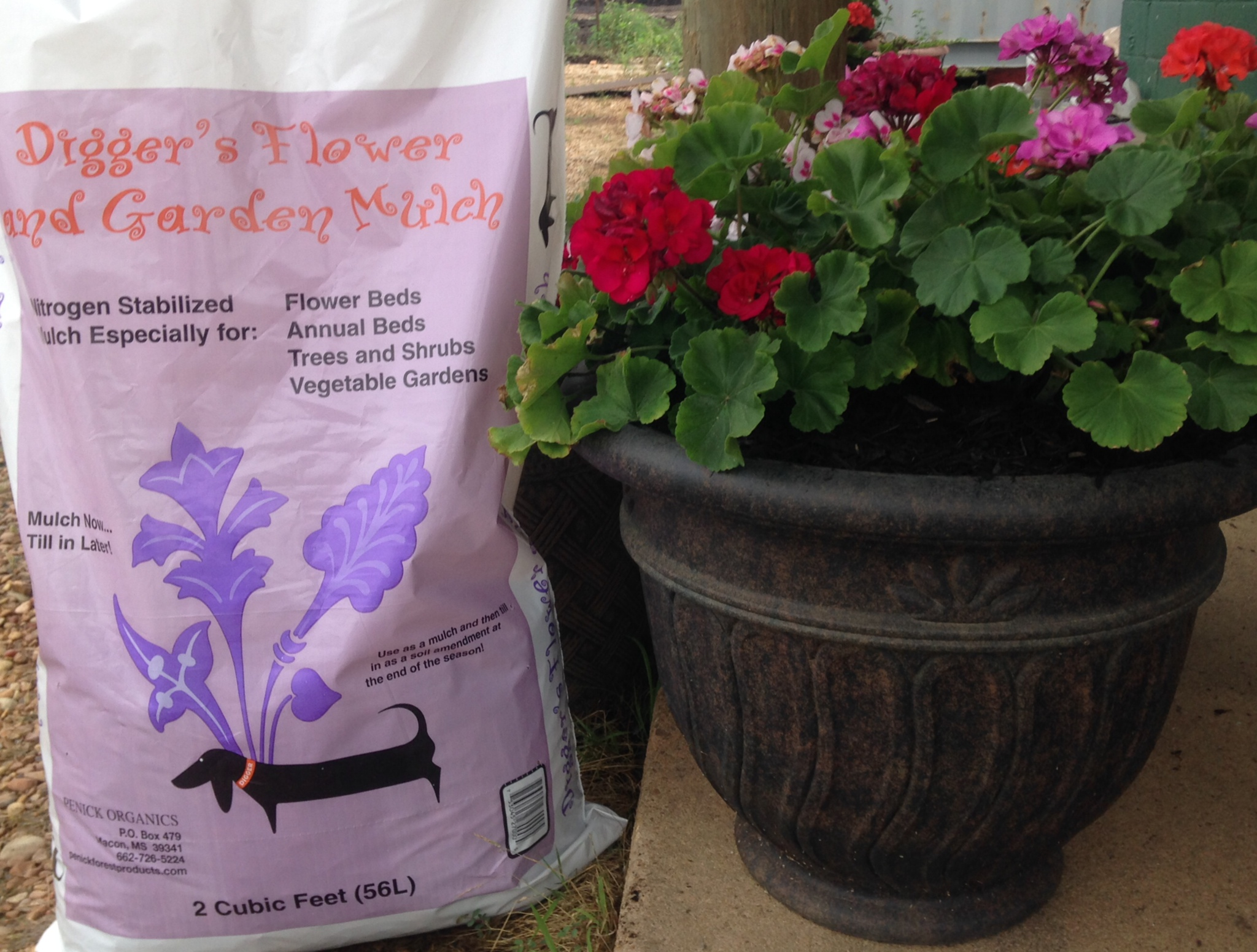 Flower & Garden Mulch in a 2 cf bag