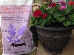 Flower & Garden Mulch in a 2 cf bag
