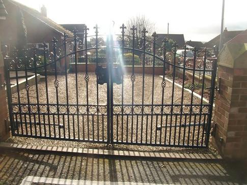 Estate Gate 5