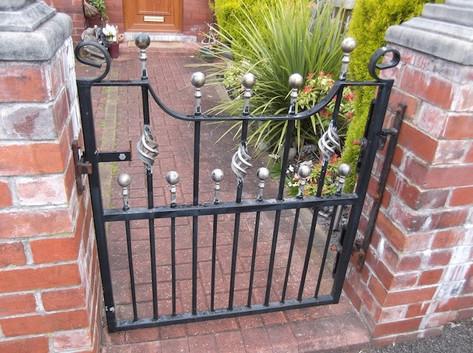 Single Gate 8