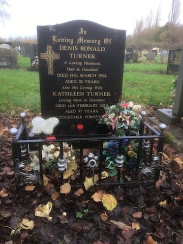 Graveside Surround 13