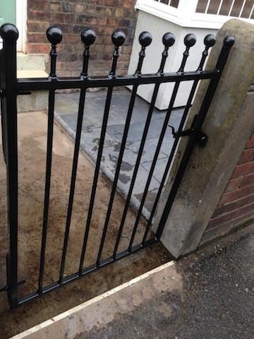 Single Gate 4