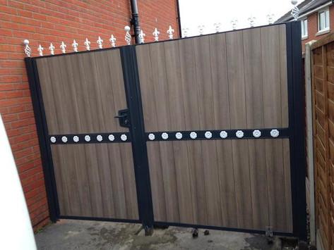 Composite Gate 16