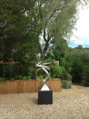 Grobman sculpture 2.JPG