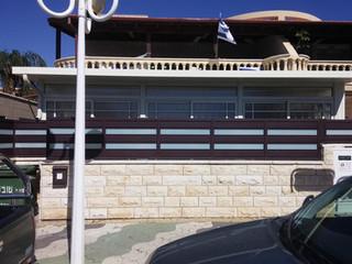 סגירת מרפסת עם גג מבודד