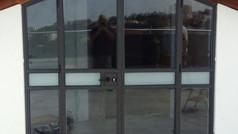 חלונות בלגיים לדלת