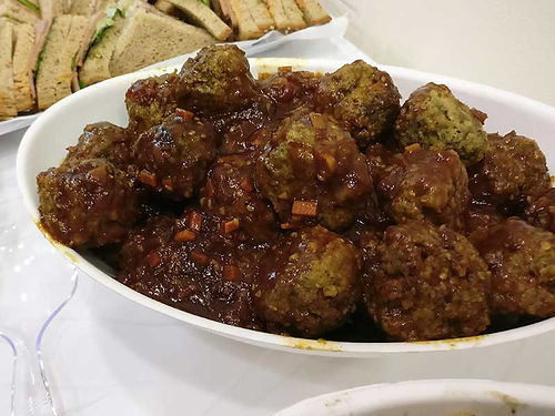 קציצות אנגוס - מנות בשריות מהמטבח החם של קייטרינג איט איט