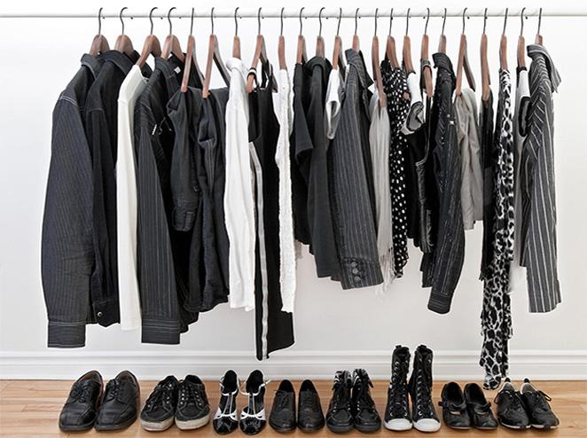 לכל ארונות הבגדים
