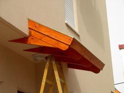 בניית גג רעפים לכניסות לבתים
