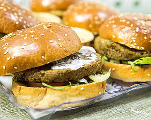 מגש אירוח צמחובורגרים - המבורגרים צמחוניים