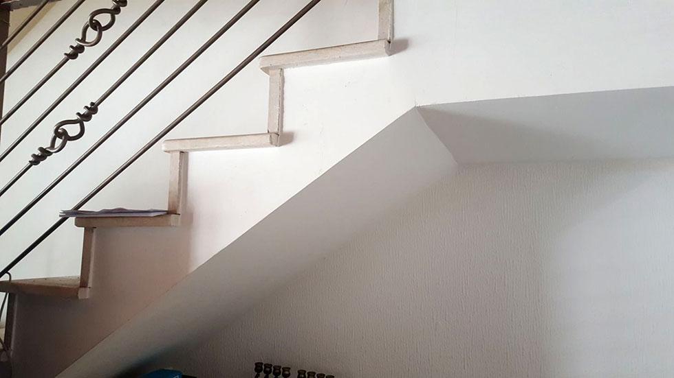 בניית מדרגות לתוספת קומה