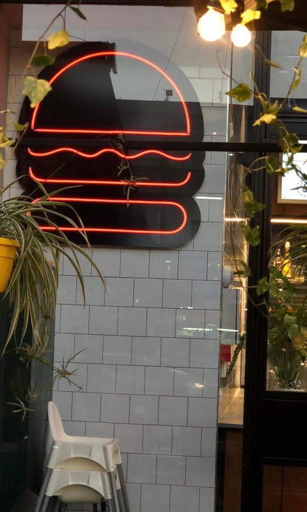 פרויקט מיוחד - שלט ניאון מיוחד עבור המבורגריה