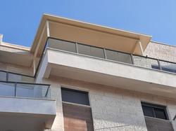 גג מבודד למרפסת שמש