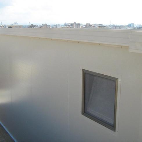 תוספת בניה קלה על הגג