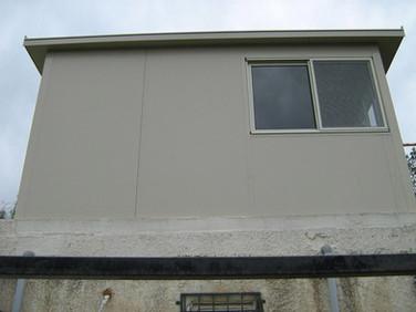 תוספת קומה עם חדר שינה באמצעות בנייה קלה