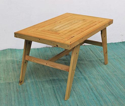 שולחן פיש בון אורן