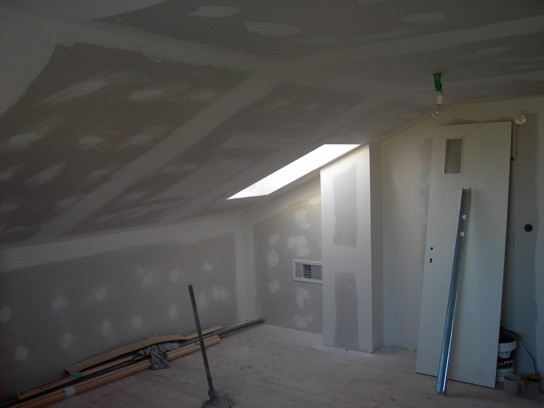 לאחר הקמת תוספת קומה בבנייה קלה
