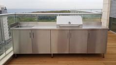 פינת ברביקיו בעיצוב אישי למרפסת