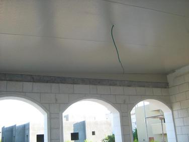 גג מבודד לתוספת בנייה